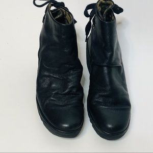Fly London Yama bootie size 39 (8.5), in Black